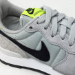 NIKE INTERNATIONALIST GRIS/JAUNE